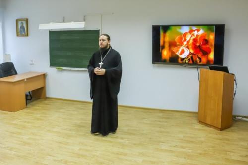 Детский дом Павлин на приходе Троицкого храма (1 of 36)